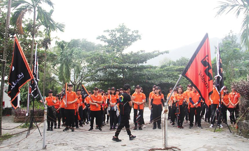 7h, các thủ lĩnh phong trào hội quân tại Công viên 29 tháng 3 trước khi di chuyển đến địa điểm Khu du lịch sinh thái Suối Lương. Ban tổ chức chia đoàn thành 5 đội với tên gọi lần lượt Kim - Mộc - Thủy - Hỏa - Thổ, để bước vào những phần tranh tài.