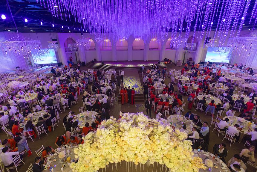 Cùng ngày diễn ra sự kiện, chi nhánh Thanh Hoá cũng tổ chức lễ kỉỷniệm 10 năm thành lập với nhiều hoạt động teambuilding ngoài trời và đêm Gala Dinner đầy ấn tượng. Đây cũng là một trong những chi nhánh hoàn thành xuất sắc OKR năm 2019 với việc nâng cao trải nghiệm khách hàng.