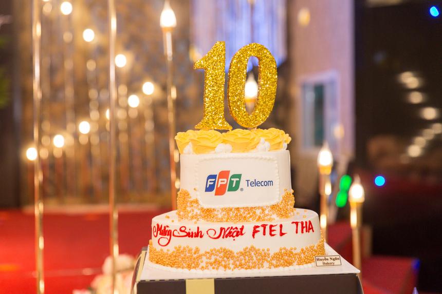 Sau 10 năm nỗ lực, FPT Telecom Thanh Hoá đã có mặt tại 10/27 huyện, thành phố. Ngoài văn phòng chính, chi nhánh mở rộng thêm 5 văn phòng giao dịch, có 183 CBNV.