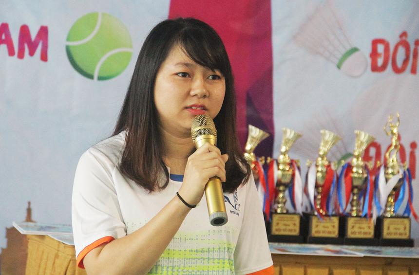 Đại diện vận động viên tham gia thi đấu, chị Nguyễn Thị Hà An, FPT Software Đà Nẵng, cam kết thi đấu trung thực, khách quan và tuân thủ điều lệ giải. Chị mong muốn sân chơi thường xuyên được tổ chức để tạo cơ hội cho người đam mê thể thao tham gia thi đấu, nâng cao tinh thần rèn luyện sức khỏe.