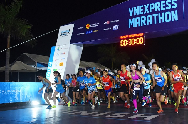 Hanoi-Midnight-VnE-4759-1576582224.jpg