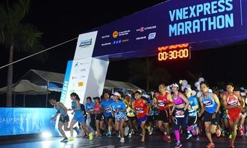 2.000 người đăng ký giải chạy đêm Hà Nội của VnExpress