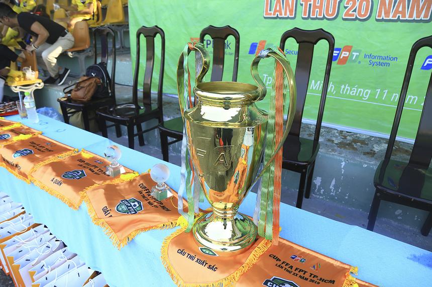 Hôm nay (22/12), trong ngày thi đấu cuối cùng của mùa giải 2019 diễn ra ở sân Công an TP HCM, FPT IS và FPT Telecom bước vào trận chung kết tranh cúp vàng FFA lần thứ 20. Trước đó, FPT Securities và TP Bank tranh hạng Ba.