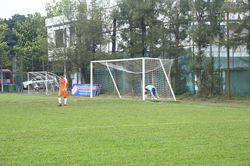 Đến phút 54, số 7 Lê Thanh Được trở thành cầu thủ thứ hai trong trận đấu lập cú đúp. Tỷ số 5-0 nghiêng về cho TP Bank.