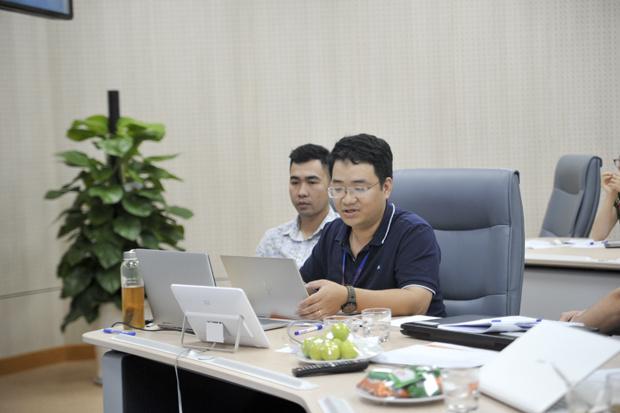 Nền tảng tích hợp và xử lý dữ liệu FPT.Fortuna được xây dựng bởi anh Phạm Minh Tuấn và Mỵ Duy Long (FPT IS) là công cụ nhằm xây dựng kho dữ liệu chung, đáp ứng nhu cầu điều hành.Sáng tạo gồm 4 nền tảng chính: Tích hợp dữ liệu có cấu trúc; lưu trữ dữ liệu phi cấu trúc; xử lý dữ liệu; dữ liệu mở. Các thành phần này giao tiếp với nhau thông qua các giao thức phổ biến như HTML, ATI... Hiện sản phẩm được ứng dụng trong dự án tích hợp, xử lý cơ sở dữ liệu của TP HCM. Sau 2 năm, sáng tạo đã tích hợp, cập nhật hàng ngày gần 1.000GB dữ liệu. Cơ quan quản lý chỉ cần 1 nhân viên giám sát nền tảng và hơn 1 giờ để xuất báo cáo thay vì 2 người làm toàn thời gian trong 4 ngày để xử lý 1GB dữ liệu. Hết năm 2019, tổng doanh thu của dự án là gần 2 triệu USD.