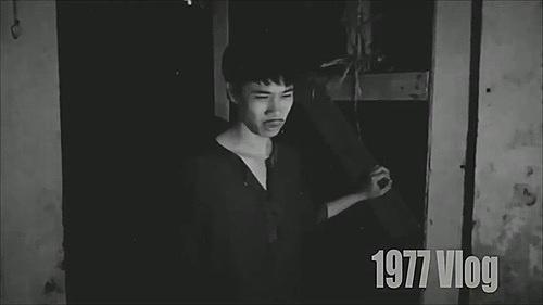 'Toang thật rồi bu em ạ' xuất hiện trong video Chị Dậu Parody - Kỷ nguyên hắc ám, câu nói này lập tức được cư dân mạng yêu thích và sử dụng với tần xuất dày đặc.