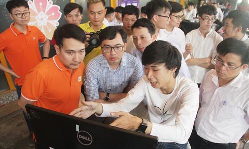 ĐH Bách khoa thống trị Cuộc đua số khu vực Đà Nẵng