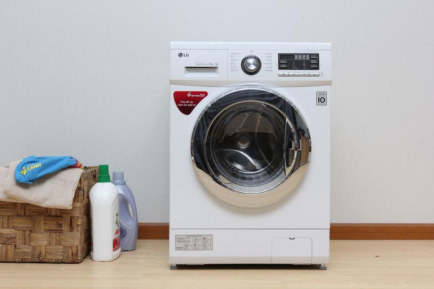 Thương hiệu máy giặt xuất sắc: LG. LG từng giành nhiều giải thưởng lớn quốc tế khi trình làng máy giặt TWINWash. Model này áp dụng công nghệ True Steam giúp giảm bớt các tác nhân gây dị ứng trên quần áo, giảm tiếng ồn và chống rung lắc hiệu quả.Trong năm 2019, LG cũng trình làng nhiều mẫu máy giặt cửa ngang Smart Inverter, với hàng loạt công nghệ hiện đại.