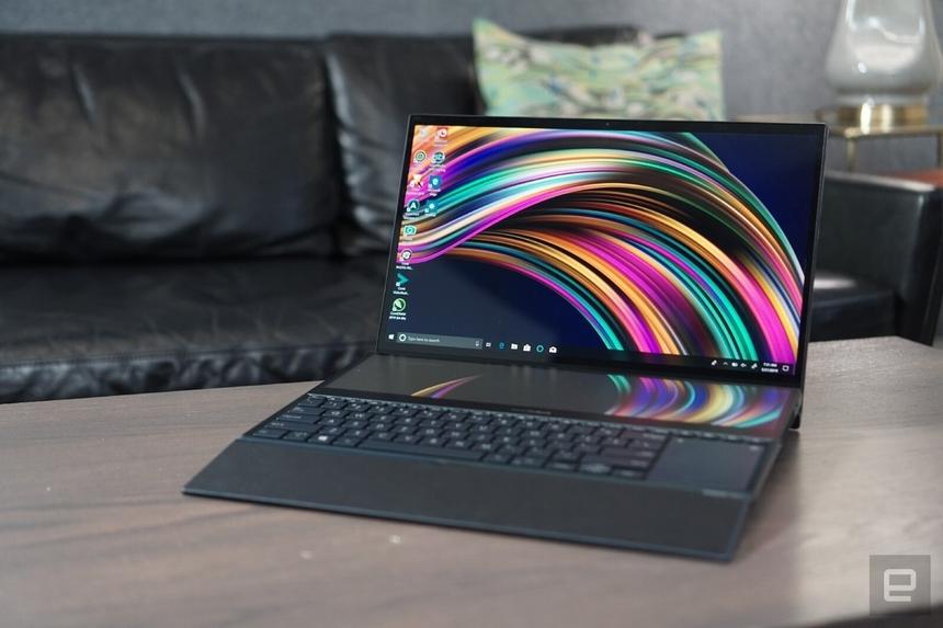 Laptop xuất sắc: Asus Zenbook Pro Duo UX581 được đánh giá cao bởi thiết kế đột phá với màn hình kép với số điểm 8,97. Laptop đầu bảng của Asus được trang bị hai màn hình 4K. Bên cạnh màn hình chính 15,6 inch, máy có thêm màn hình phụ 14 inch nằm ở khu vực bàn phím. Model này hướng đến nhóm người dùng chuyên xử lý đồ hoạ, làm phim nên đem lại khá nhiều trải nghiệm lạ lẫm. Bạn có thể dễ dàng kéo màn hình chính xuống màn hình phụ trong khi vẫn có thể thao tác trên cả hai mà không làm gián đoạn tác vụ nào. Asus cũng trang bị cho Zenbook Pro Duo cấu hình mạnh với hai tùy chọn bộ xử lý Intel Core i7-9750H hexa hoặc bộ xử lý Intel Core i9-9980HK octa-core, GPU Nvidia GeForce RTX 2060 và tối đa 32 GB RAM, bộ nhớ trong lên đến 1 TB.