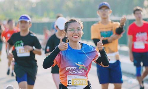 Người nhà 'Cáo' rủ nhau 'công phá' cuộc thi 'Tôi chạy bộ'