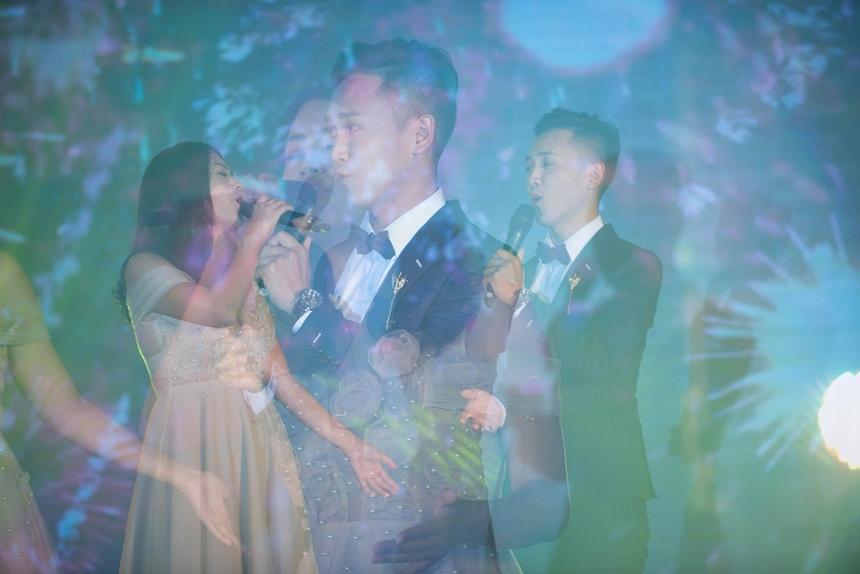 """Phương Nguyên và Anh Đức được đánh giá là cặp đôi """"tình"""" nhất buổi tiệc."""