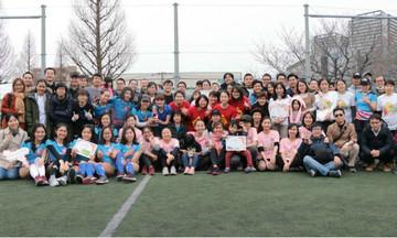 Nữ CBNV nhà F tại Nhật Bản đá bóng chào mừng ngày 8/3