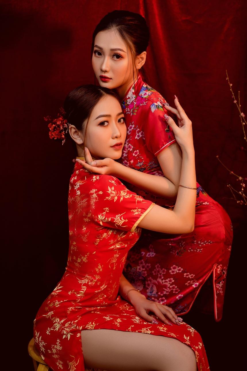 Với nét đẹp đậm chất miền Tây, Ngọc Đào cho biết hai chị em đều tham gia cuộc thi Miss FPT Cần Thơ 2020 và đó là bước ngoặt lớn trong thanh xuân đại học của mỗi người.