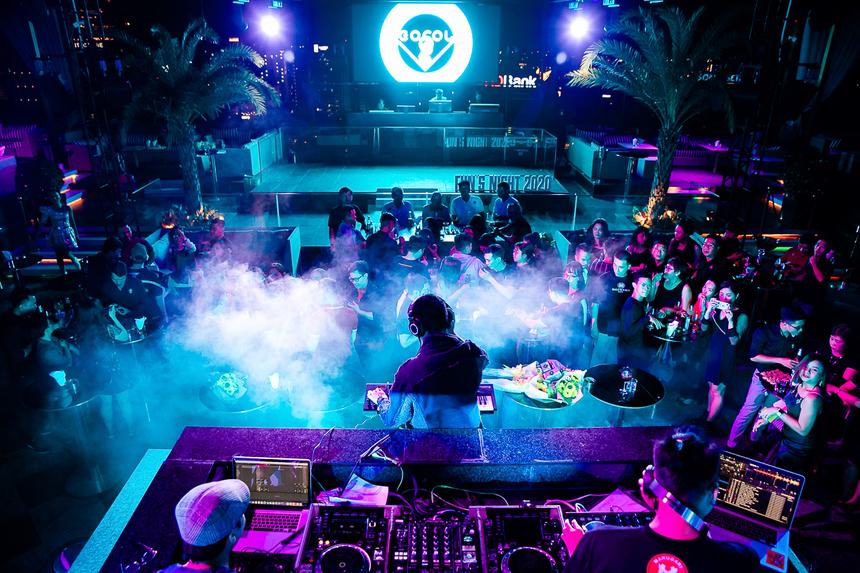 Cán bộ Văn hóa - Đoàn thể phía Nam cùng các khách mời đã có một đêm nhạc sôi động, hết mình cùng cácDJ T-Rex, Vince, Ngọc Quý cùng beatboxer Trần Thái Sơn.