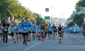 VnExpress Marathon Huế dời ngày tổ chức