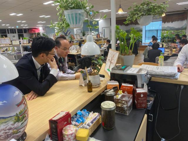 Khu vực uống cafe tại Văn phòng Daimon, Nhật Bản. Ảnh: Thanh Tùng