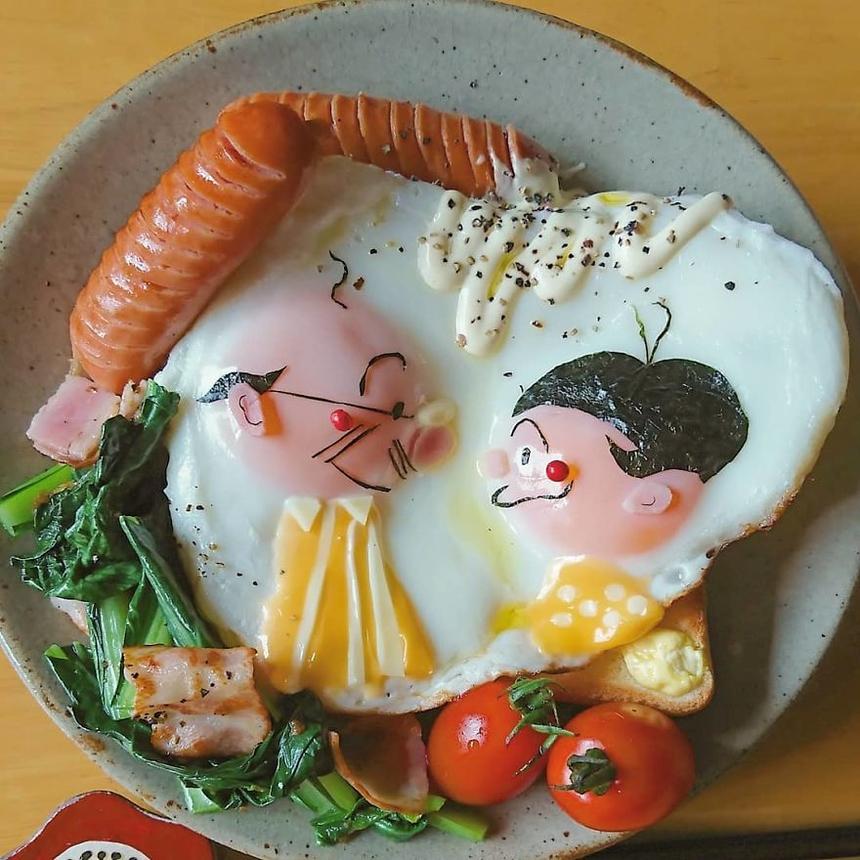 Người mẹ tài năng không được đào tạo bài bản về nấu nướng nhưng lại là bậc thầy kyaraben bento - một loại cơm hộp được trang trí theo nhân vật hoạt hình, dễ thương. Dù việc thực hiện bento không hề đơn giản, nhưng Etoni làm tốt đến mức bạn không thể không yêu những bữa ăn của cô.