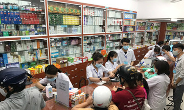 FPT Long Châu bán khẩu trang không lợi nhuận mùa Covid-19