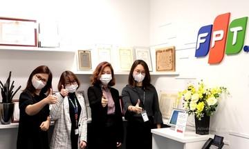 FPT Japan tặng 500 khẩu trang cho cộng đồng người Việt Nam