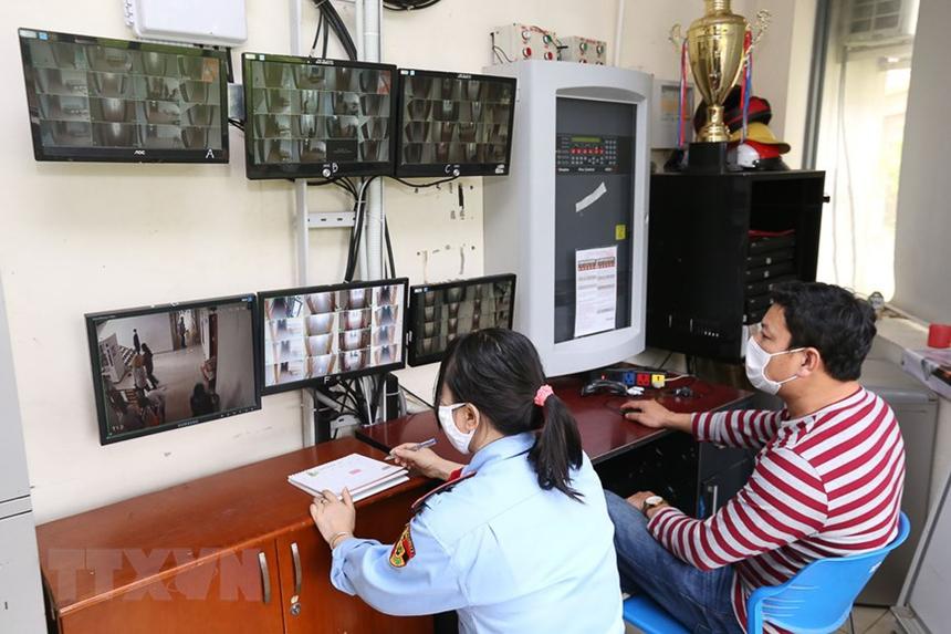 Khu cách ly được giám sát chặt chẽ bằng hệ thống camera.