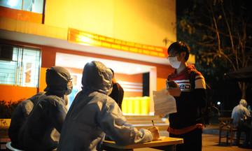 Hòa Lạc Campus 'trắng đêm' đón đồng bào về nước