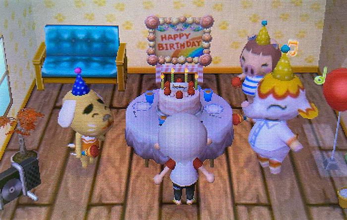 Không thể tổ chức sinh nhật thật sự vì cách ly, vì vậy tôi đã rơi nước mắt hạnh phúc khi bật trò chơi sáng nay và dân làng đã tặng tôi một bữa tiệc bất ngờ.