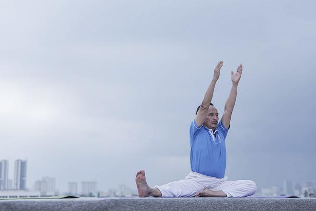 640-yoga-5845-1586573531.png
