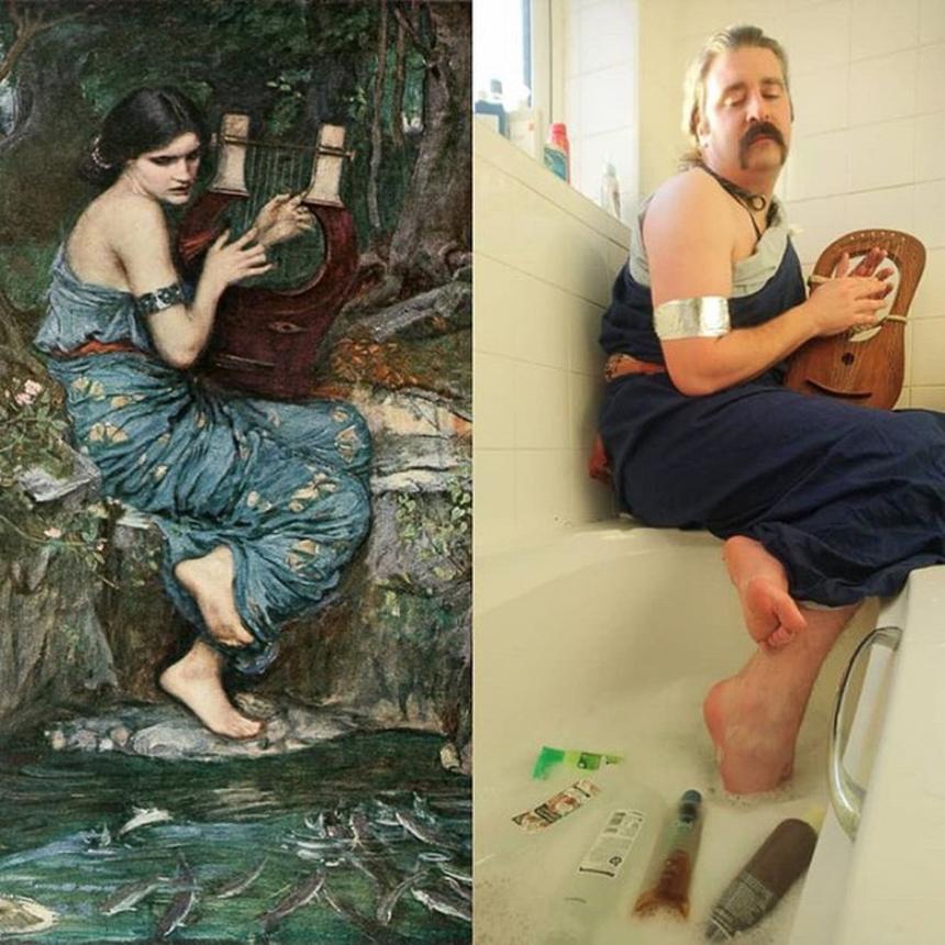 """Nhạc sĩ Drustan Durman, người Anh tái hiện bức tranh """"The Charmer"""" của John William Waterhouse, năm 1911 với phong cách khá hài hước."""