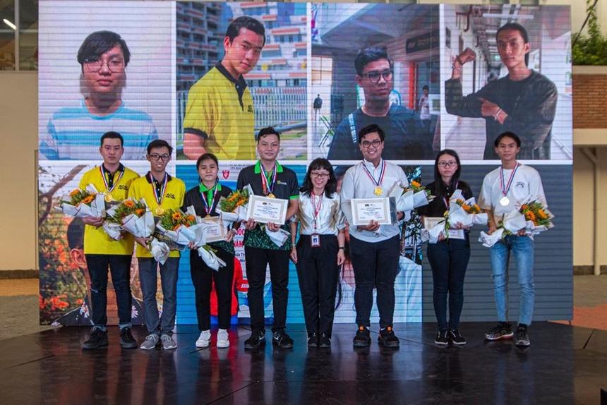 Tổng cộng đã có hơn 300 sinh viên được trao thưởng trong buổi lễ. Nhà trường hy vọng việc tôn vinh sẽ trở thành động lực để các sinh viên phấn đấu, đạt được những thành tích xuất sắc hơn trong thời gian tới.