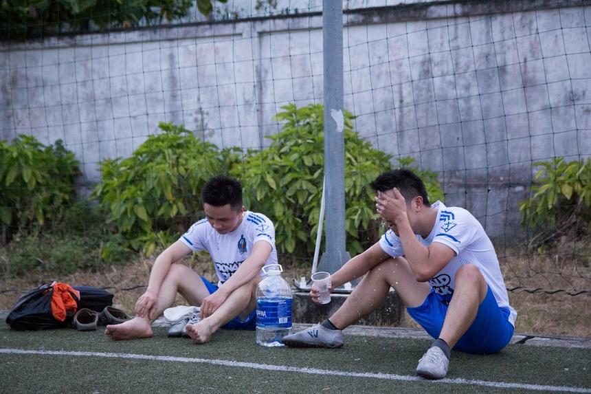Chia sẻ sau trận đấu,cầu thủ Trần Khắc Tuân bên phía BCN bày tỏ sự nuối tiếc, song vẫn hài lòng khi toàn đội đã có một trận đấu nỗ lực hết mình.