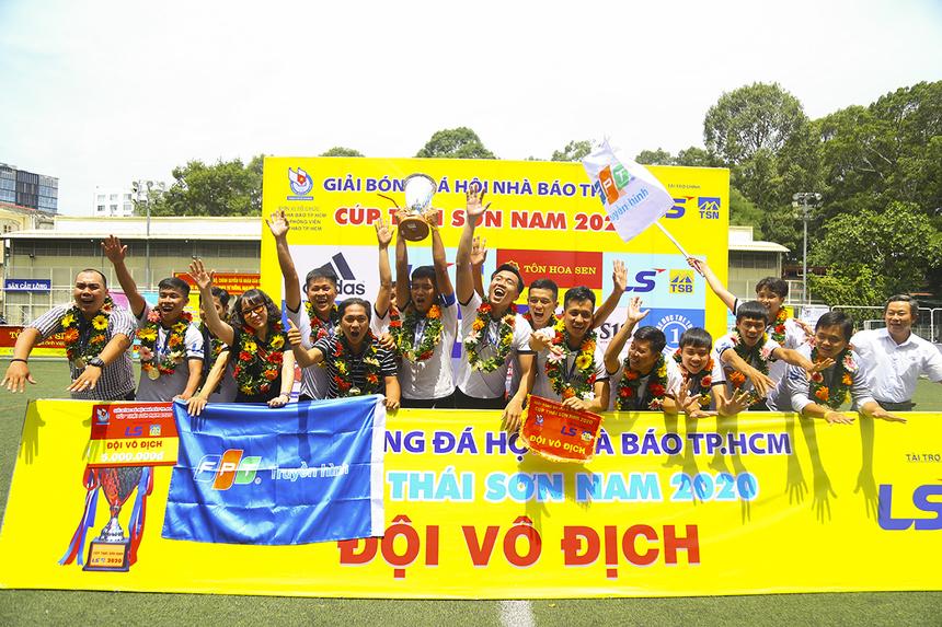 Trận chung kết khép lại với tỷ số 3-2 nghiêng về Liên quân VOH - Truyền hình FPT. Đội Vô địch đã nhận Cup, HCV và phần thưởng 10 triệu đồng. Đây là lần đầu tiên Truyền hình FPT đăng quang ở giải futsal Hội Nhà báo TP HCM.