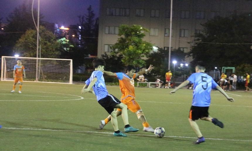 Các bàn thắng tiếp tục được ghi ở các phút 28, 31, 40, 48 thuộc về các cầu thủ Thanh Toàn, Kỳ Đông, Hữu Thắng và Tăng Thịnh. Khép lại trận đấu với tỉ số chung cuộc 8-0 nghiêng về đại diện FPT Software.