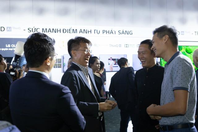 Anh-Tu-LG-Vietnam-6547-1595232473.jpg