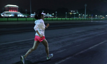 VnExpress Marathon Hanoi Midnight dời ngày tổ chức