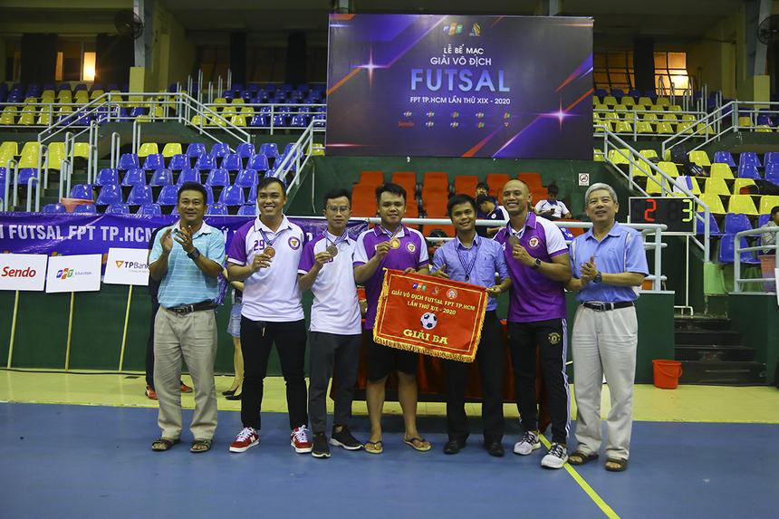 Đội TP Bank giành hạng Ba chung cuộc, sau khi FPT Telecom quyết định bỏ cuộc ở trận đấu này.
