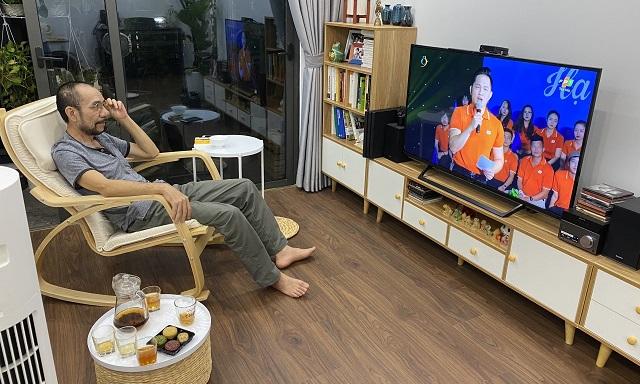 phu-huynh-xem-hoi-dien-9365-1600067868.j