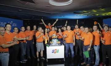 Người FPT thăng hoa trong sinh nhật online đầu tiên