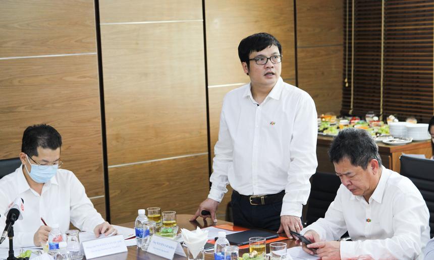 Chiều 29/9, CEO Nguyễn Văn Khoa, đại diện Tập đoàn FPT, đã có buổi gặp gỡ, trao đổi với đoàn công tác do ông Nguyễn Văn Quảng - Phó Bí thư thường trực Thành uỷ Đà Nẵng đến thăm và làm việc tại toà nhà F-Complex, quận Ngũ Hành Sơn.