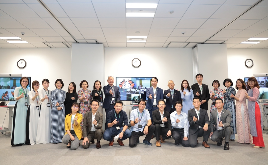 """Sau 15 năm phát triển, FPT Japan đã khẳng định vị thế công ty CNTT nước ngoài có quy mô nhân sự lớn nhất tại Nhật. Sự phát triển của công ty, đặc biệt là quy mô nhân sự, có đóng góp không nhỏ của các CBNV khối nguồn lực. Với slogan """"Dream IT - Do IT"""", FPT Japan phấn đấu trở thành công ty Top 20 doanh nghiệp CNTT lớn nhất Nhật Bản, có quy mô doanh số 600 triệu USD và 2.500 người vào năm 2025."""