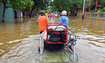 FPT Telecom Quảng Nam vượt lũ nối hạ tầng