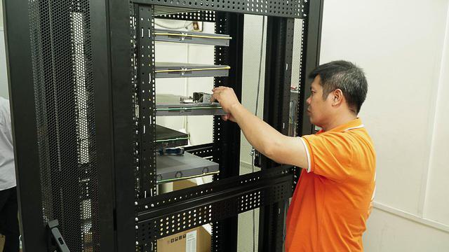 fpt-telecom-tang-phong-lab-cho-7722-2613