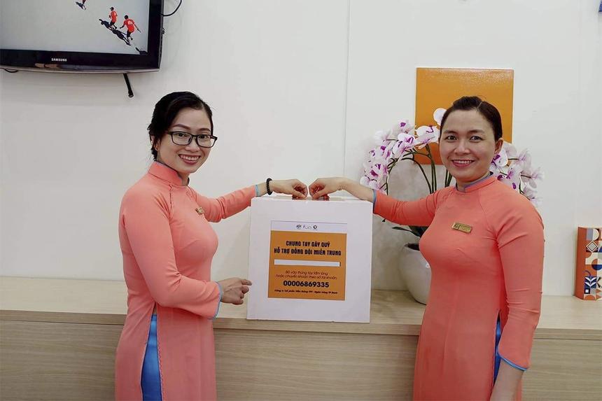 """Các chị em nhà """"Cáo"""" còn tiến hành quyên góp ủng hộ. Tất cả nguồn quỹ thu được sẽ sử dụng để hỗ trợ đồng đội và gia đình người FPT Telecom miền Trung chịu ảnh hưởng của bão lũ."""