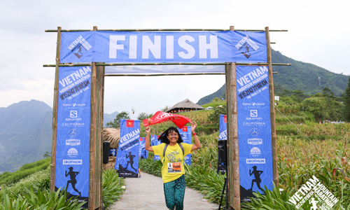 Runners FPT nỗ lực rèn chân cho giải chạy khắc nghiệt nhất 2020