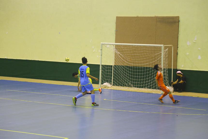 Cầu thủ hai đội đều không thể tận dụng những cơ hội hiếm hoi, khiến trận đấu kết thúc với tỷ số hòa không bàn thắng.