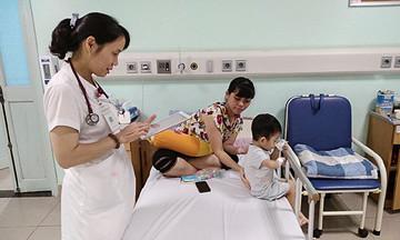Sổ khám bệnh điện tử FPT.CaresBook giúp giảm tải bệnh viện