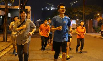 Runner nhà F tích cực chạy gây quỹ vì đồng bào miền Trung