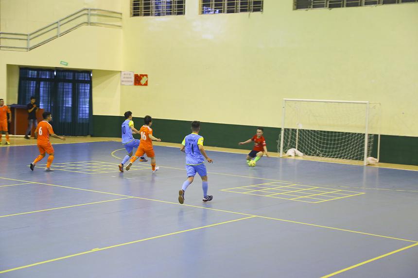 Đúng phút thi đấu cuối cùng, số 18 Ngô Chí Cường ghi bàn thắng quý hơn vàng, giúp Vùng 5-2 gỡ hòa 2-2 và đưa trận đấu vào loạt sút luân lưu cân não.