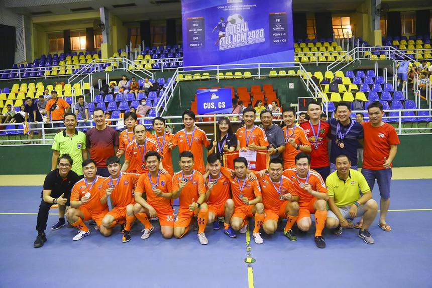 Đội bóng Dịch vụ Khách hàng nhận huy chương đồng và giải thưởng tiền mặt 2 triệu đồng khi về hạng Ba. Ở vòng bảng, họ xếp nhì bảng B và thất bại trước Truyền hình FPT ở trận bán kết.