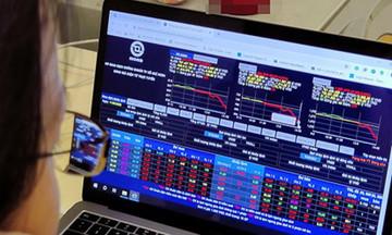 Quỹ ngoại liên tục 'trao tay' cổ phiếu FPT quanh vùng đỉnh