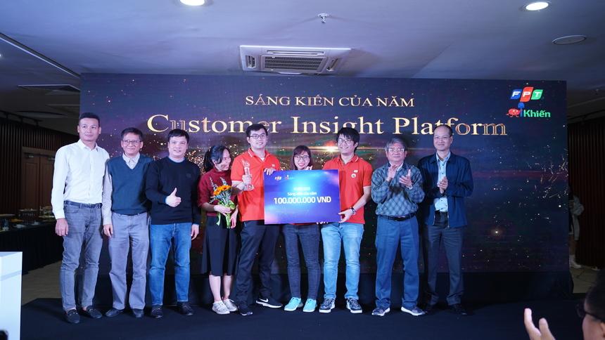 Kết thúc Chung kết, Quán quân iKhiến Customer Insight Platform nhận được phần thưởng 200 triệu đồng từ tập đoàn và FPT Telecom. Á quân akaAT Studio nhận phần thưởng 20 triệu đồng.